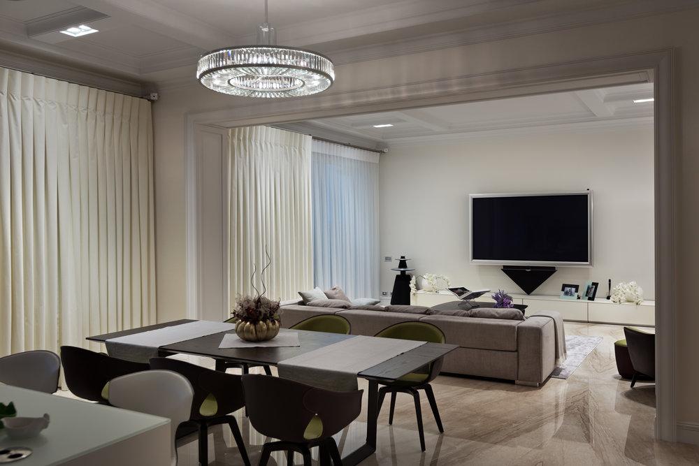 Lighting design based on eight parameters. Мраморный камин с фрезами по индивудуальному заказу. Дизайн проект освещения разработан по 8 параметрам