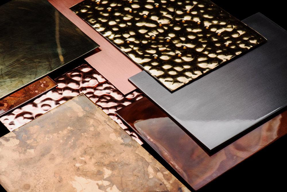 Отделка металлов - Практически любое наше изделие можно заказать из различных металлов и отделок.Смотреть отделки→