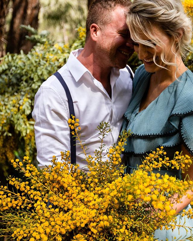 {STYLED SHOOT} Yet the ❤️ between these two is the real deal.  So many 👊 and happy 💃🏼 on Monday. Stoked to have been a part of this epic team!  Design, Styling & Florals: @duoeventscreativestudio Photography: @mrsgardinerphoto