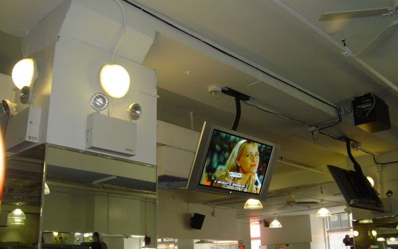 Television installation for Gold's Gym 6.jpg