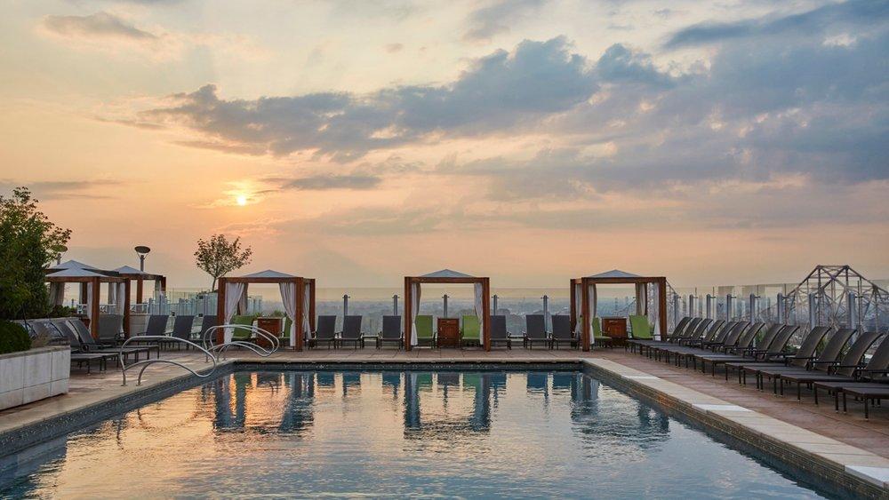 Sky Terrace Pool, Four Seasons St. Louis