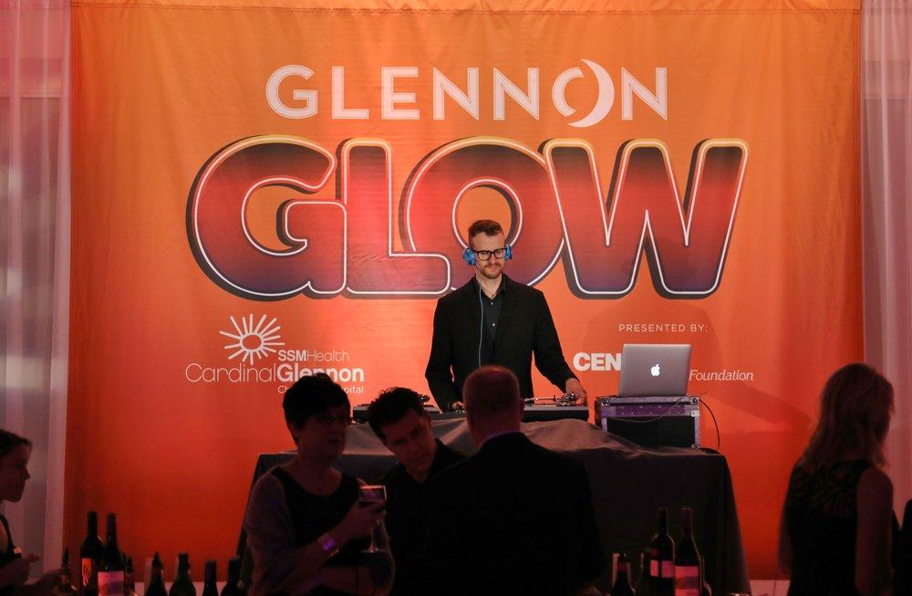 2017 Glennon Glow   002.JPG