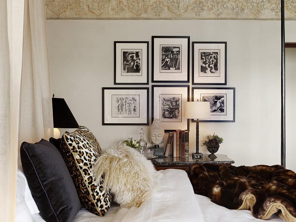 gallery wall in bedroom