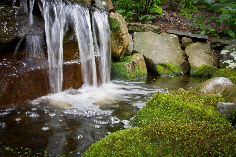water-features-installation-maitenance-wrens-nest-high-country-nc.jpg