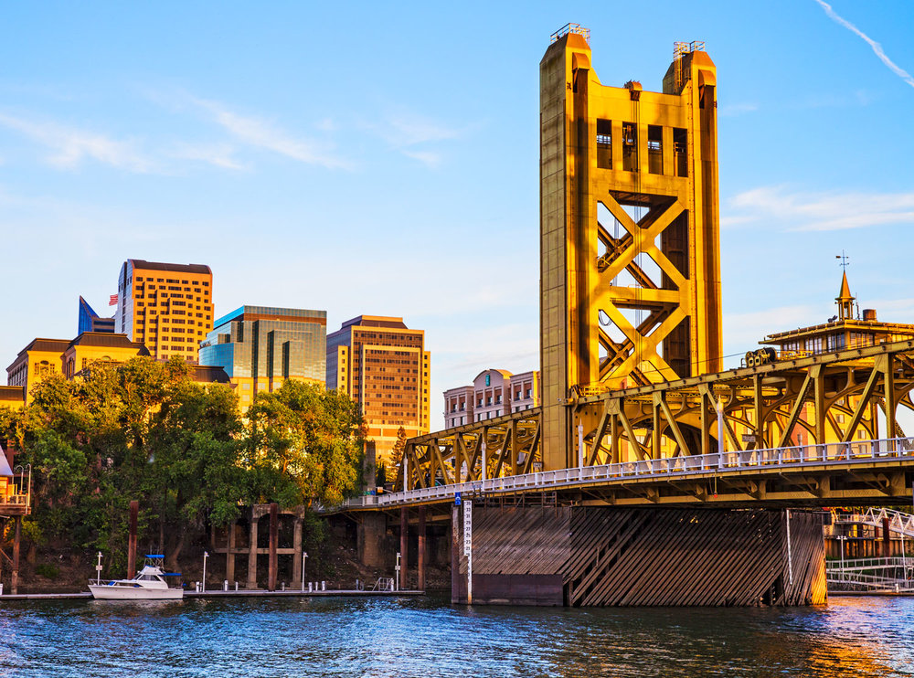 Make The Move To Sacramento GET THE GUIDE