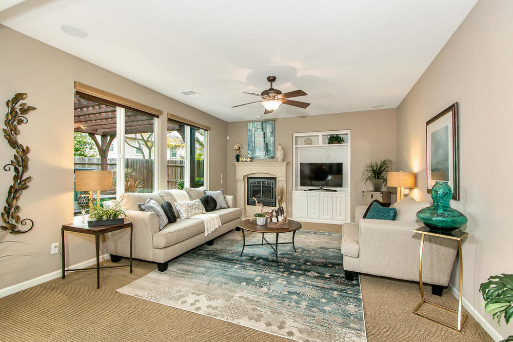 2198 Goodstone Way Roseville-MLS_Size-015-8-Family Room-1200x800-72dpi.jpg