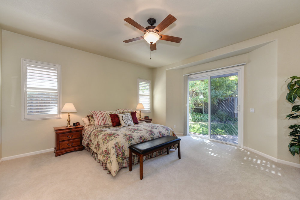 The-Sherri-Patterson-Team-Keller-Williams-Physician-Relocation-Just-Listed-Crowle-Court25.jpg
