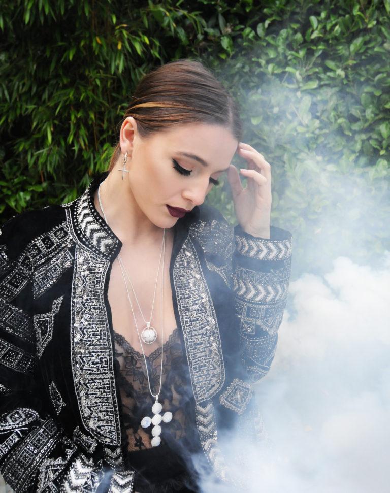 white-smoke-3-768x971.jpg