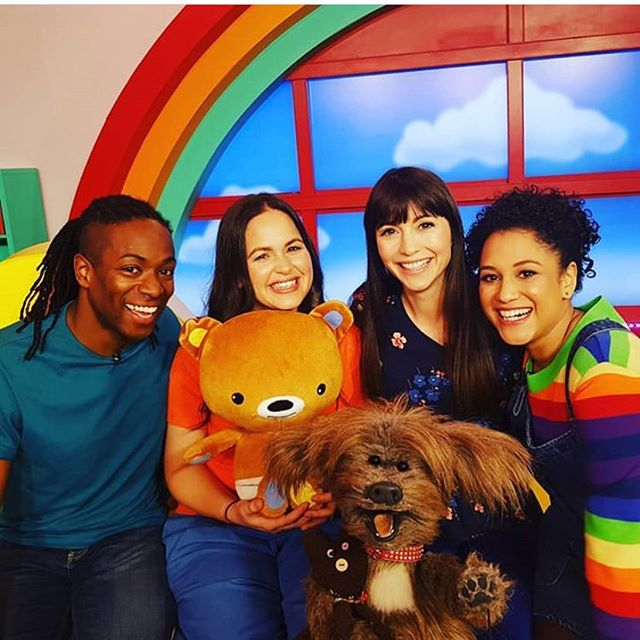 The first episode of @thebabyclubtv aired yesterday on @cbeebieshq 🌈 New episodes are on daily in the week at 10.20am and 2.20pm! It was lovely to meet and have these guys in the other day! 🌈