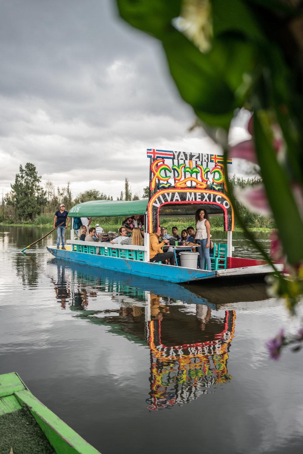 Xochimilco-Trajinera.jpg