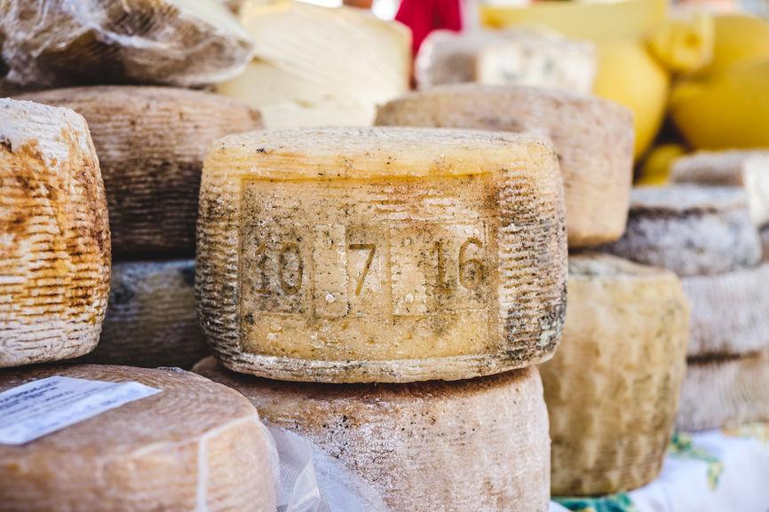 Artisanal Cheese Italy.jpg