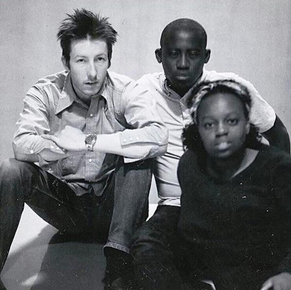 Fotograf Craig McDean, stylista Edward Enninful i Pat w 1993 roku.