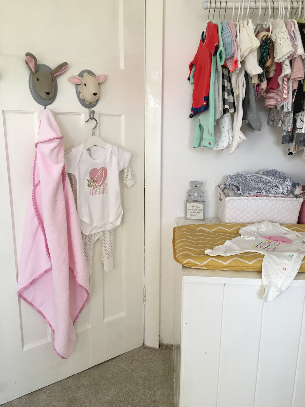 from yellow to pink life with oaks and olive