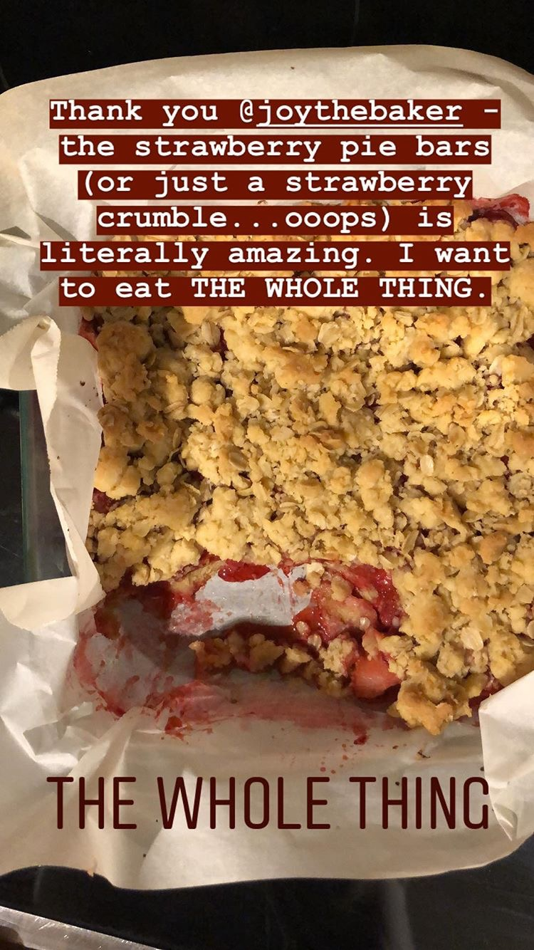 Gray Oak Studio Instatstory Strawberry Pie Bars