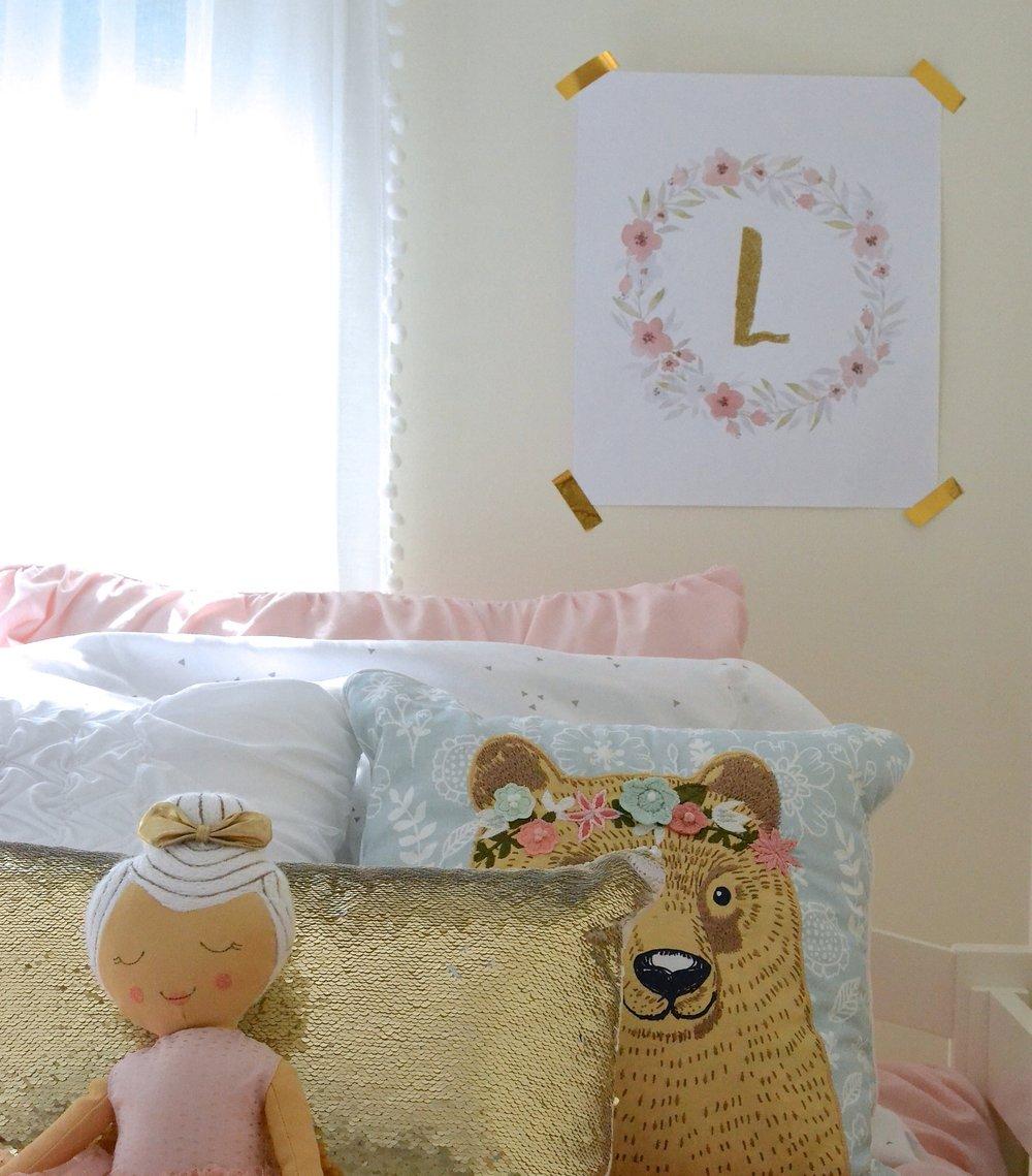 Gray Oak Studio - Free Pinterest Art for Girls Bedroom