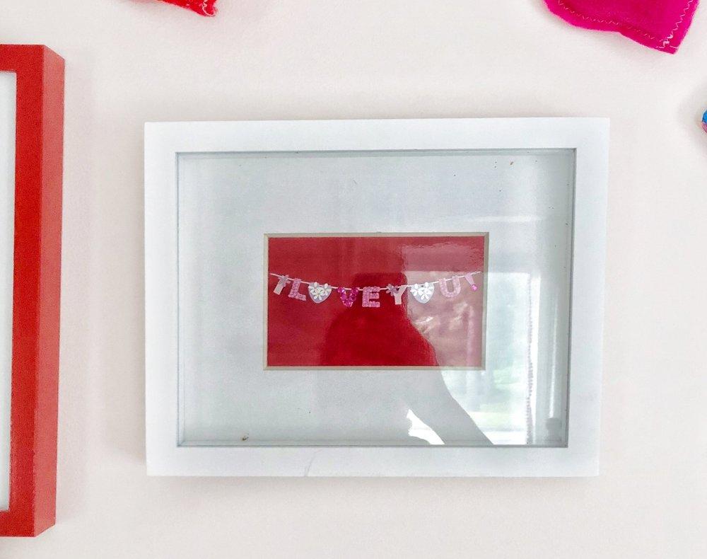 Gray Oak Studio - Free kids bedroom art holiday card
