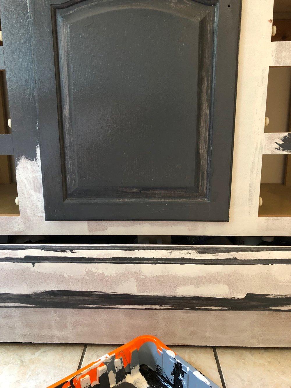 Gray Oak Studio - 2 Days 200 Dollar Challenge - Painting Bathroom Vanity