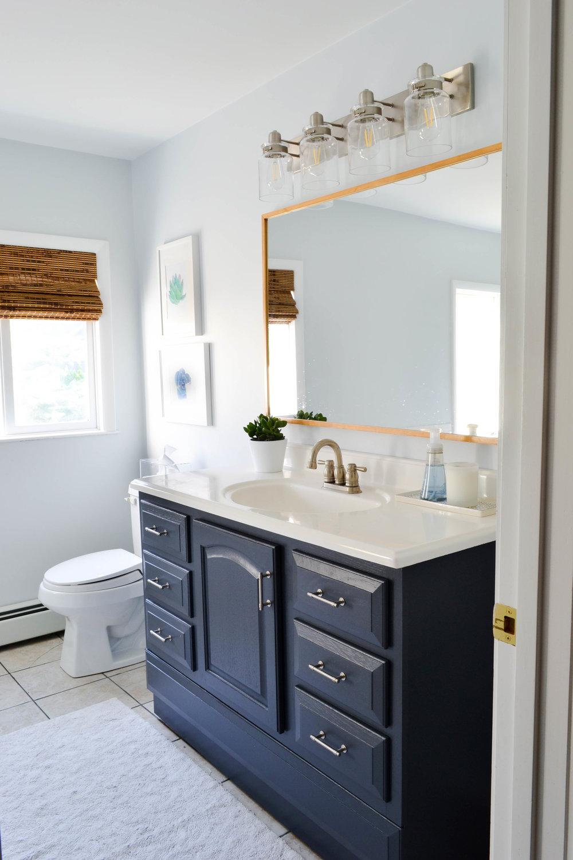 Gray Oak Studio - 2 Days 200 Dollars Challenge - Bathroom Reveal