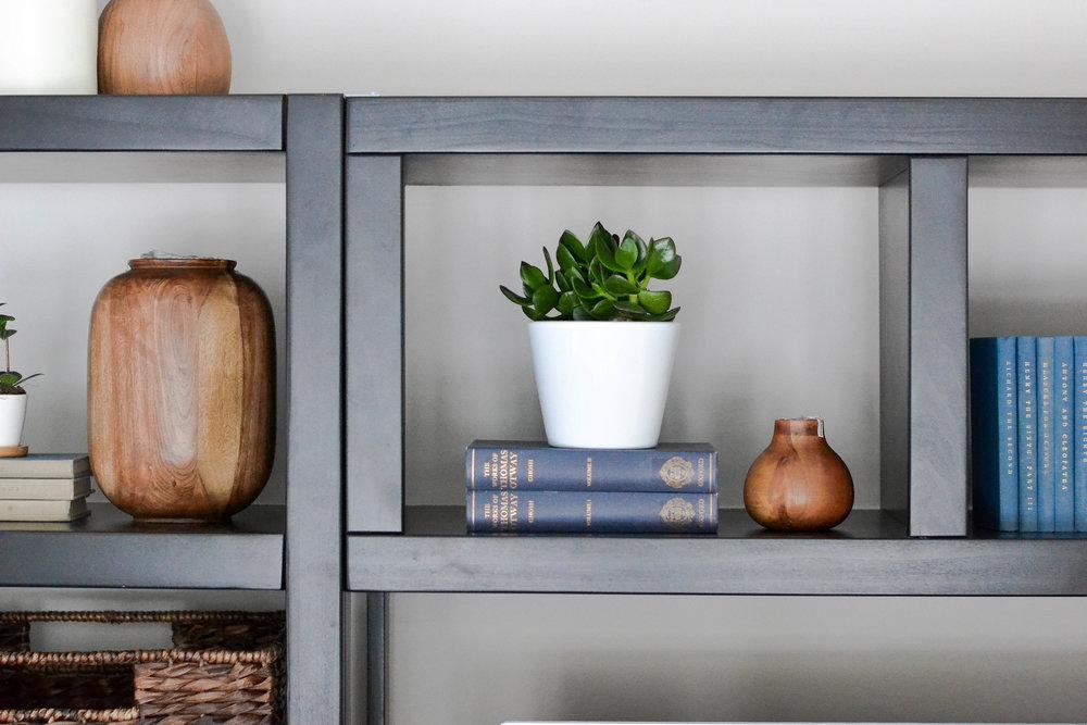 Gray Oak Studio - Hutchins Project Living Room - Modern Cozy