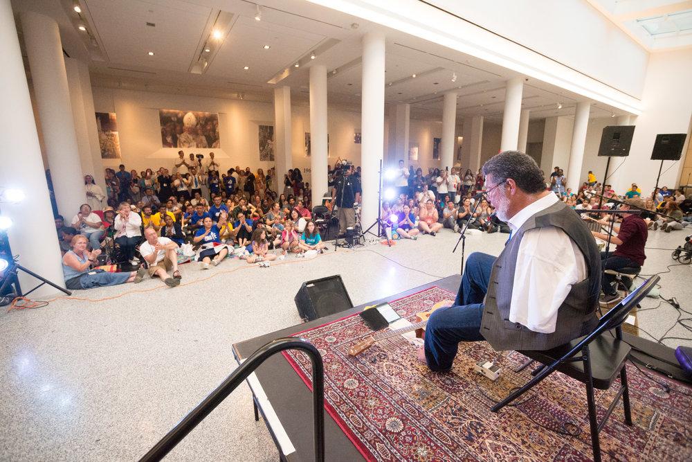 Tony Melendez concert.jpg