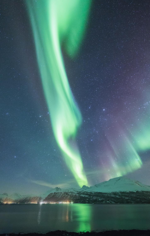 aurora_borealis_lyngen_norway.jpg