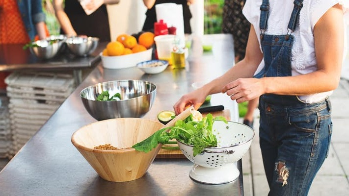 A Conscious Kitchen:Reducing Food Waste at Home -