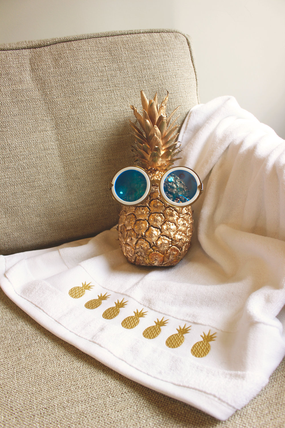 Pineapple Glasses.jpg