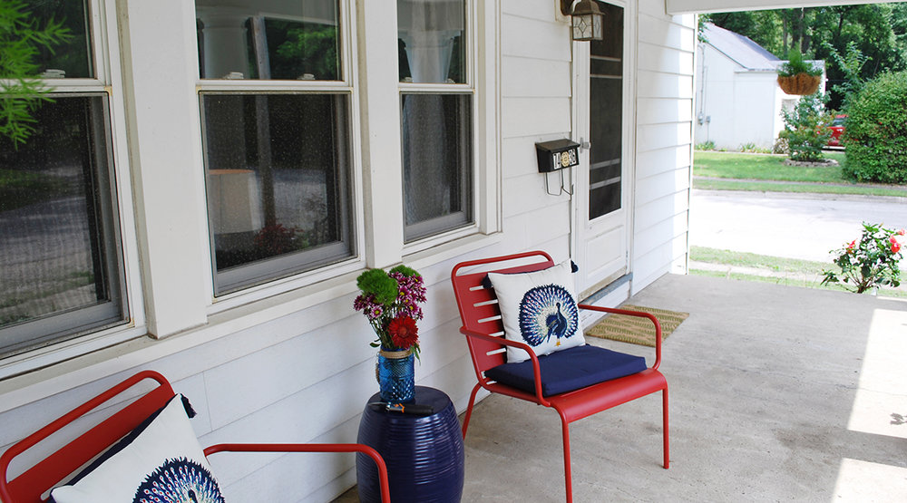 Front Porch 2.jpg
