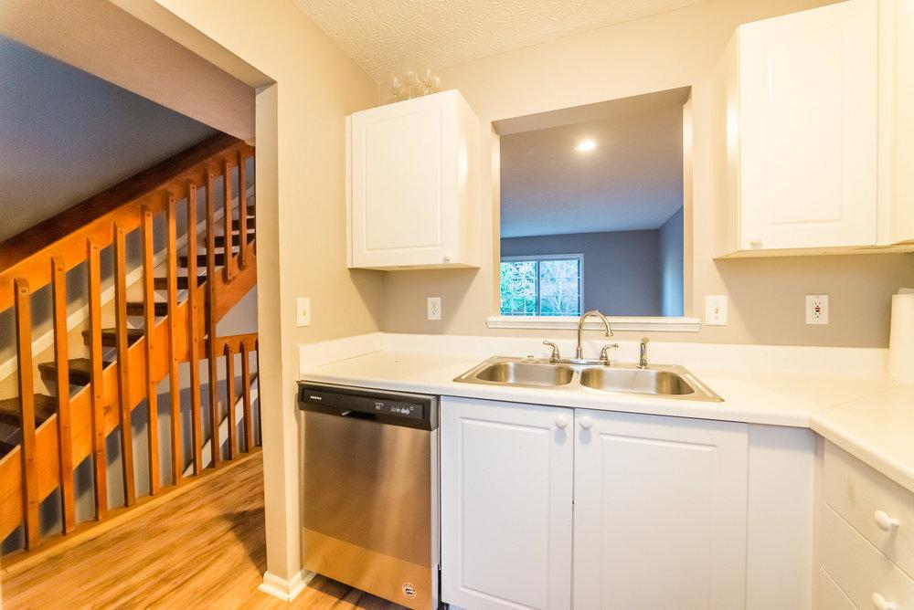5641 Blendon - kitchen update-4.jpg