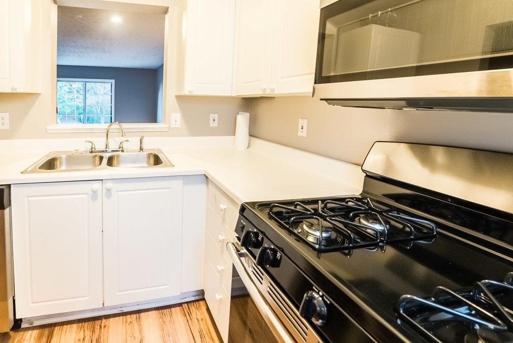 5641 Blendon - kitchen update-2 (1).jpg