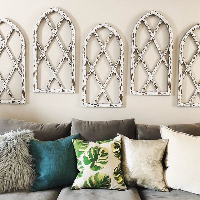 T H E  B L O G ⚡️ A set of mirrors, a gallery wall, or a large painting—we've got the scoop on how to create a statement on the wall above your sofa. Link in bio 👆🏻