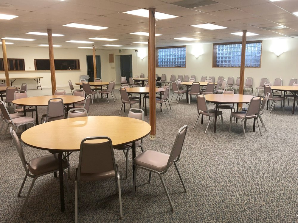 DINING ROOM    Size: 2250 square feet Capacity: 150 people Hourly Rate: $45