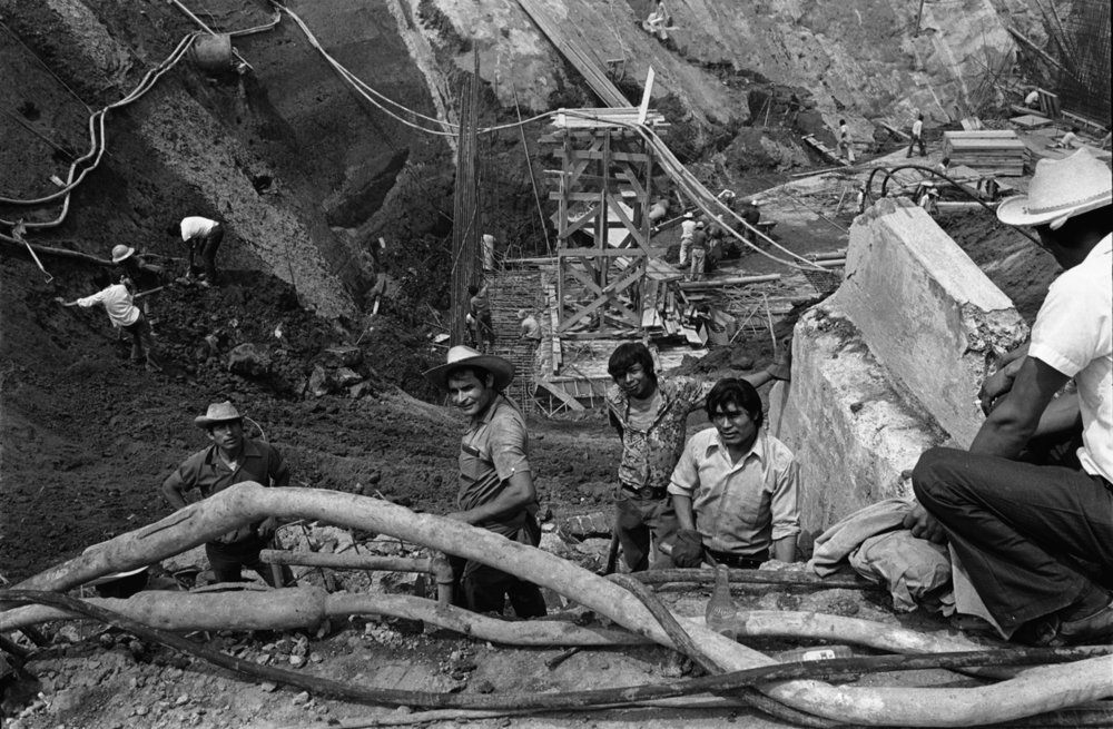 Mexico City Subway Construction Workers_1975_1.jpg