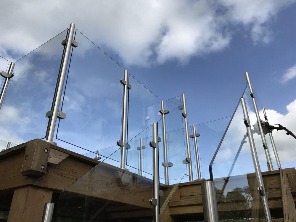 Sparkling glass panels