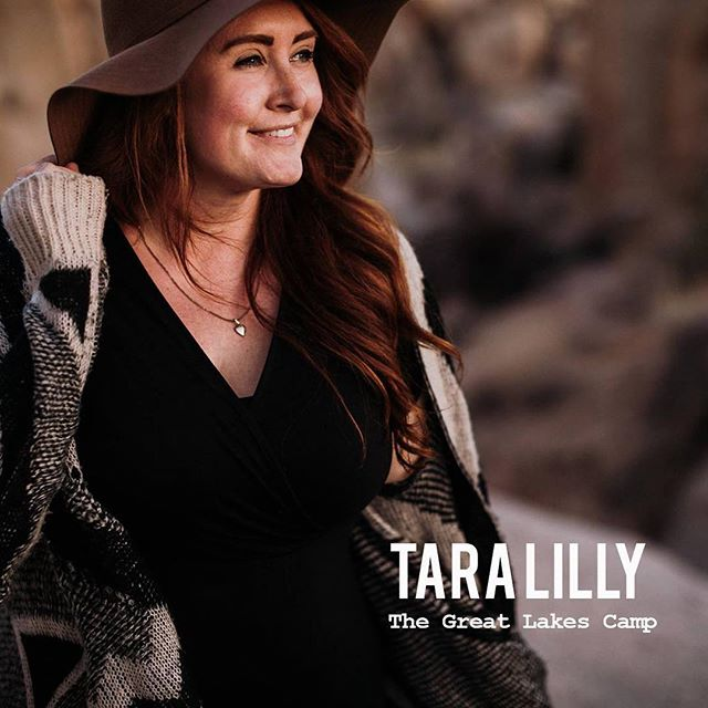 Our Great Lakes Camp Co-Director @taralillyphotography is taking over our Instagram Stories today, so go say hello, ask her a question about camp or about her business! Tara is one of the founders of The Camp Collective and originally hails from Ontario (she currently resides in Whistler, but spends most of her time on the road shooting weddings Worldwide) so we are happy to have her joining us in her old hometown in October! ✌🏼 . . . . . #thecampcollective #thegreatlakescamp #ontariophotographer #muskokaphotographer #yyzphotographer #torontoweddingphotographer #photographyeducation #photographyworkshop #photographyworkshops #ontarioweddingphotographer #peterboroughweddingphotographer #photoworkshop #photocamp #canadianphotographers #photographycamp