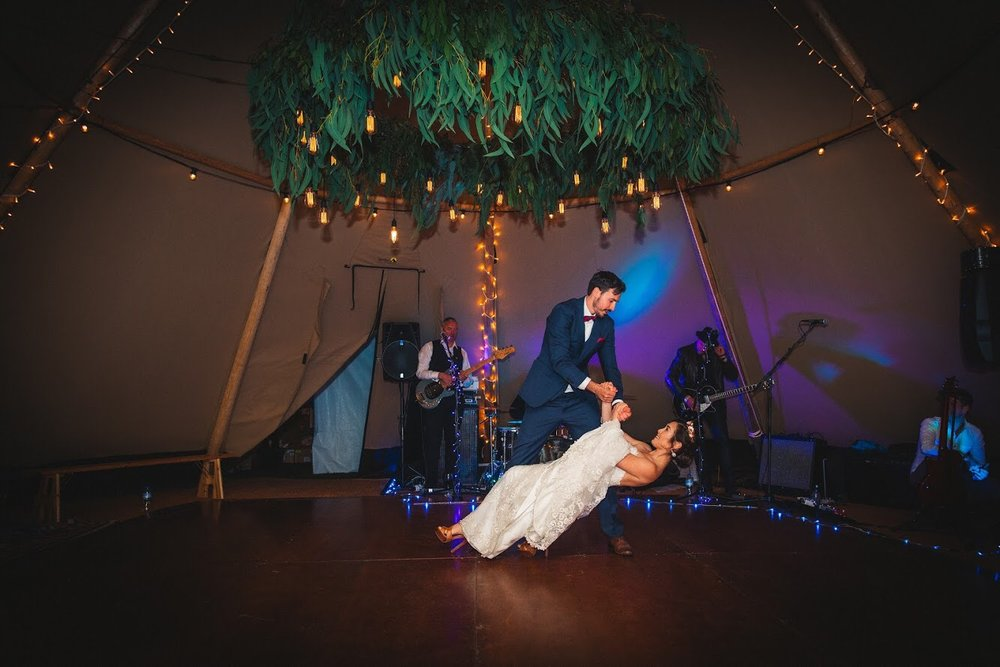 Festoon and foliage tipi chandelier