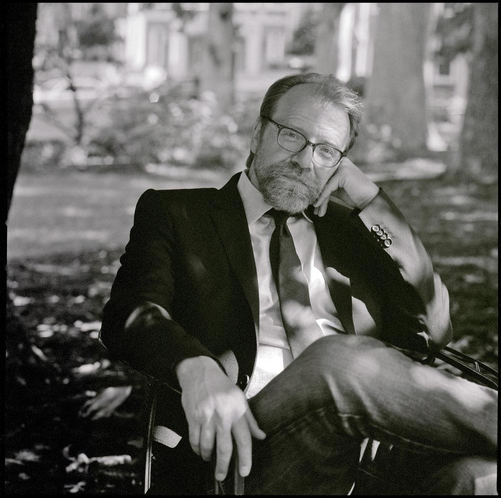 FINAL AUTHOR PHOTO_George Saunders © David Crosby.jpg