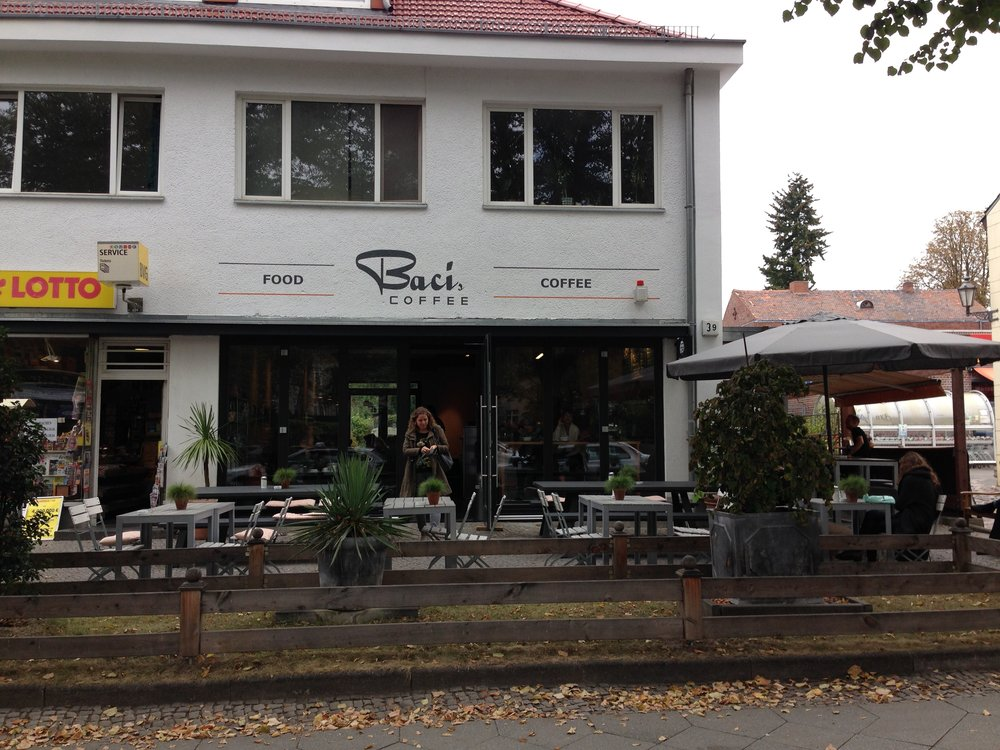 Bacis Coffee is a popular study / meeting place across from the Free University Berlin (Dahlem-Dorf (U) Haltestelle)