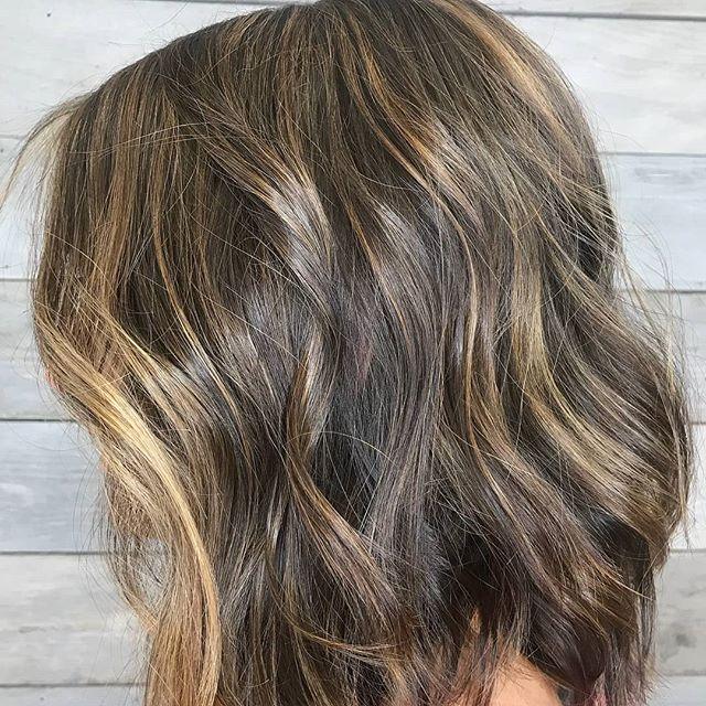 Regrann from @kittyheidi -  #beforeandafter #foliage #truss @trussprofessional #salonbellabellevue #bellevuestylist #bellevue #redmond #kirkland #hair #redkenshades #paulmitchell #makeaappointment #fresh #change - #regrann