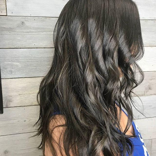 Regrann from @kittyheidi -  Hello chocolate hair!! #salonbellabellevue #loreal #chocolate #change #dobrunettshavemorefun #doblondshavemorefun #bellevue #seattlehair #bellevuehairstylist #kirklandhair #redmond - #regrann