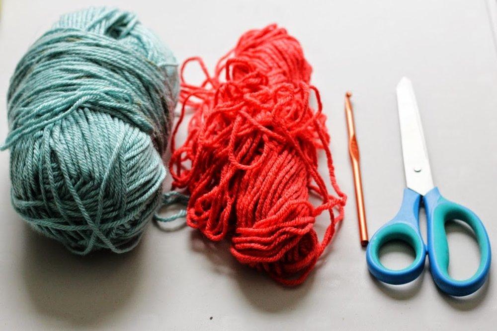 slip-stitch-crochet-flower-coasters