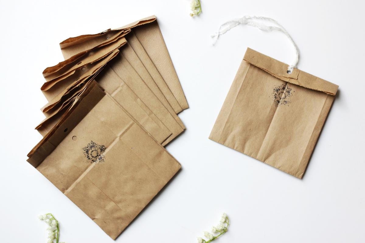 DIY Brown Paper Gift Bags