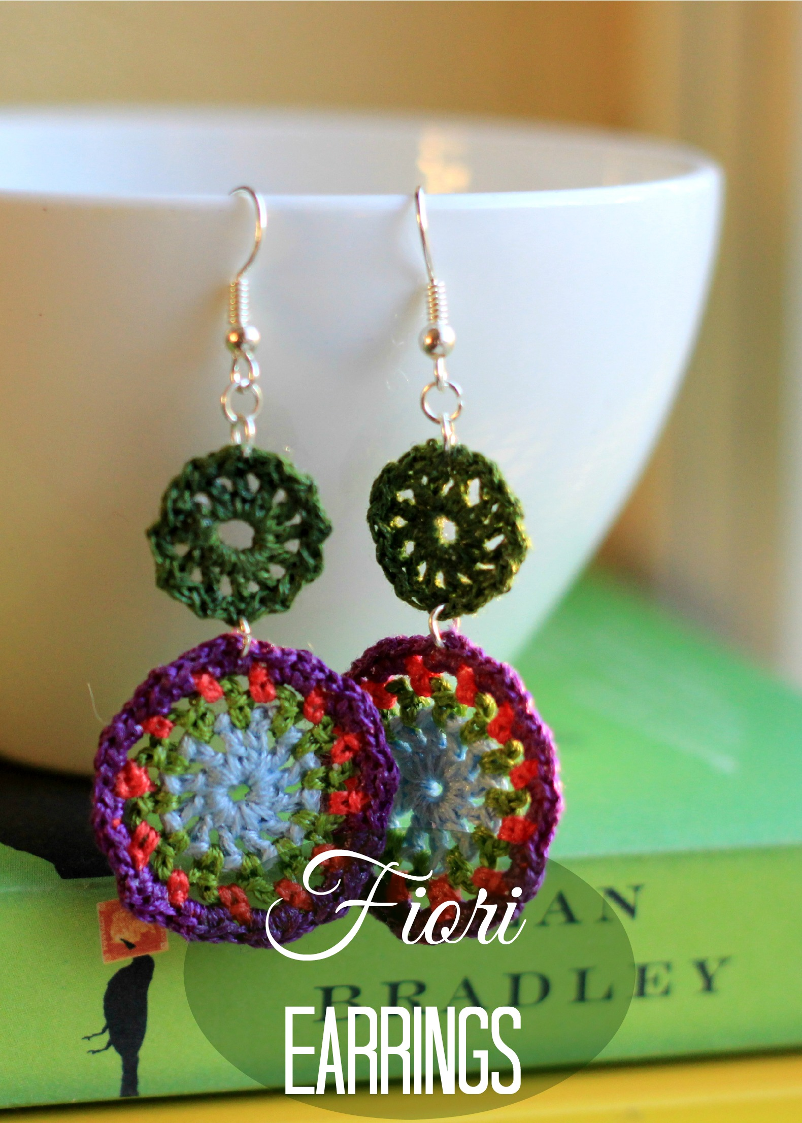 Delicate Crochet Jewelry: Crochet Pattern Book