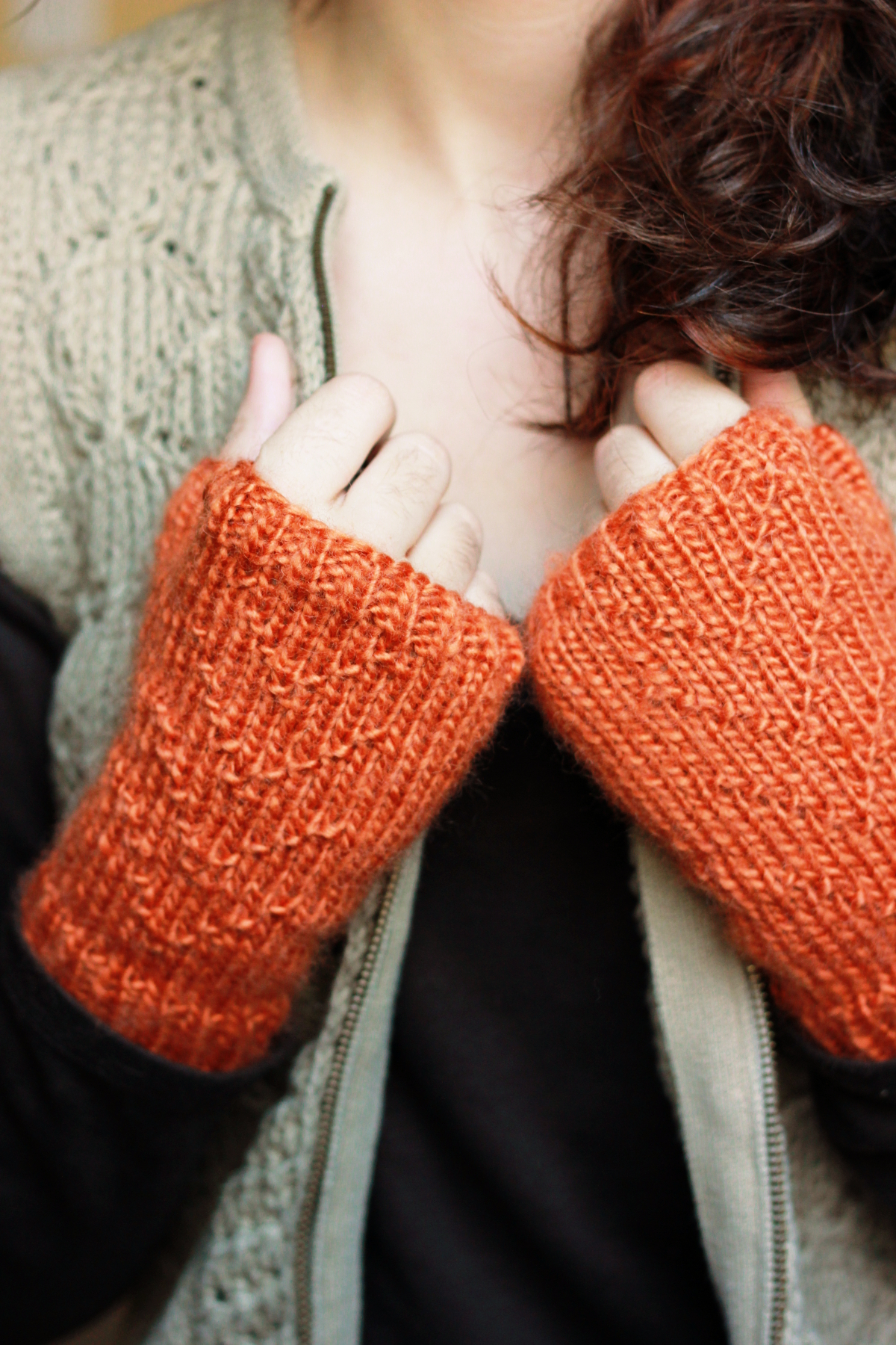 Autumn Arrow Gloves
