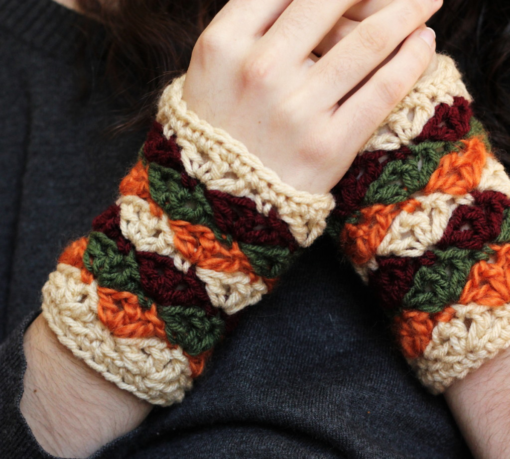 Harvest Mitts Crochet Pattern
