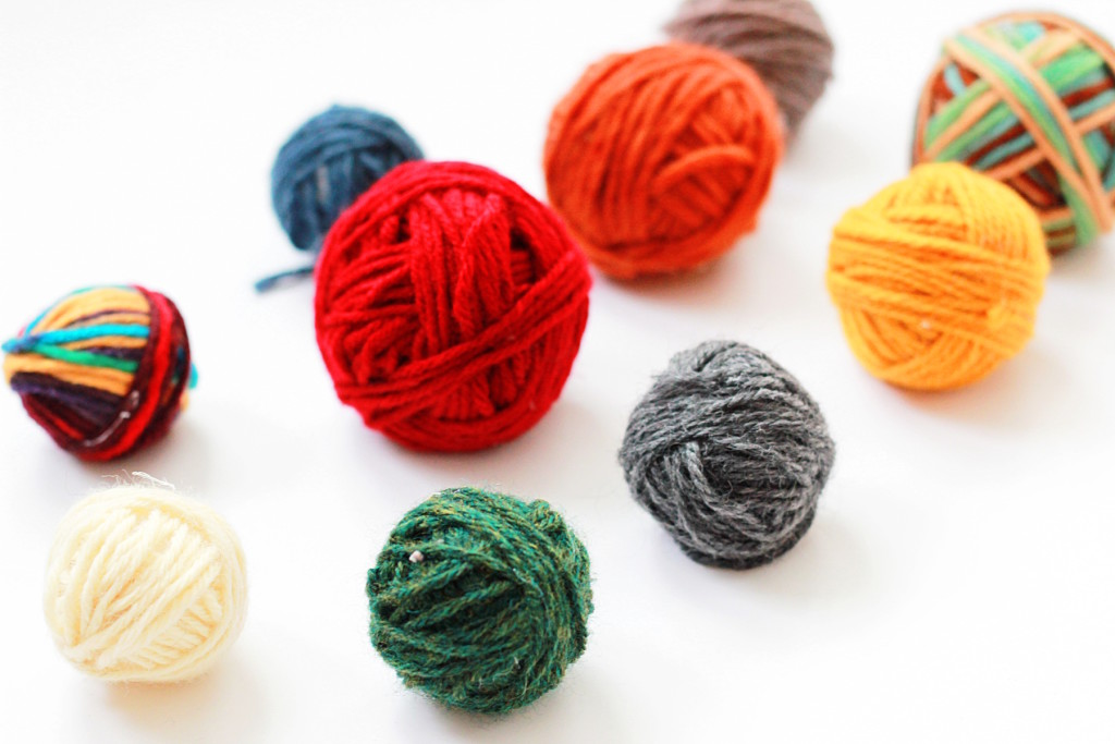 Easy Faux Yarn Ball Tutorial