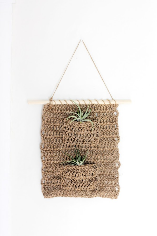 Crochet Twine Air Plant Hanger Pattern