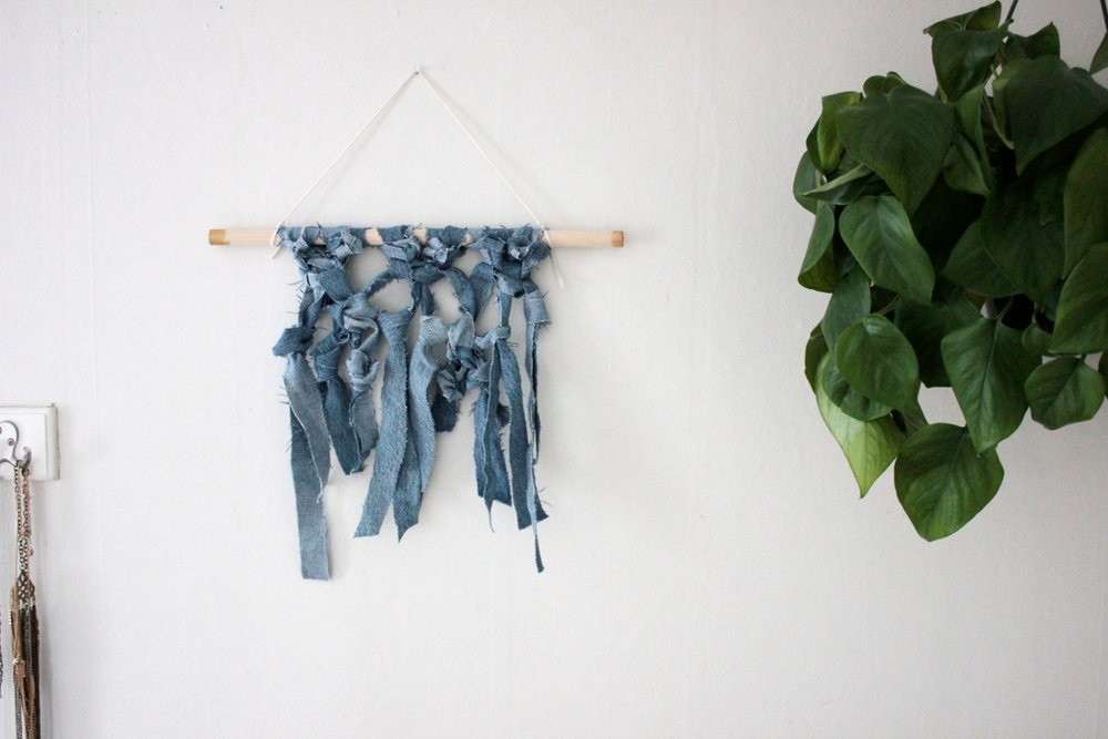 Denim Wall Hanging DIY