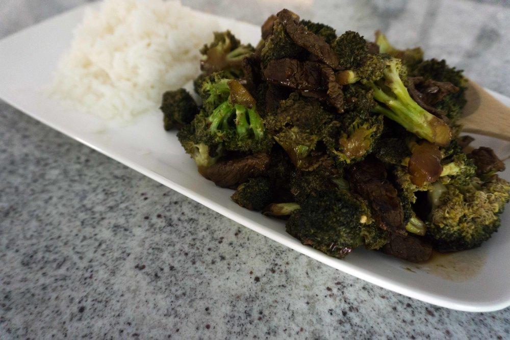 WD Blog Beef & Broccoli 1.jpg