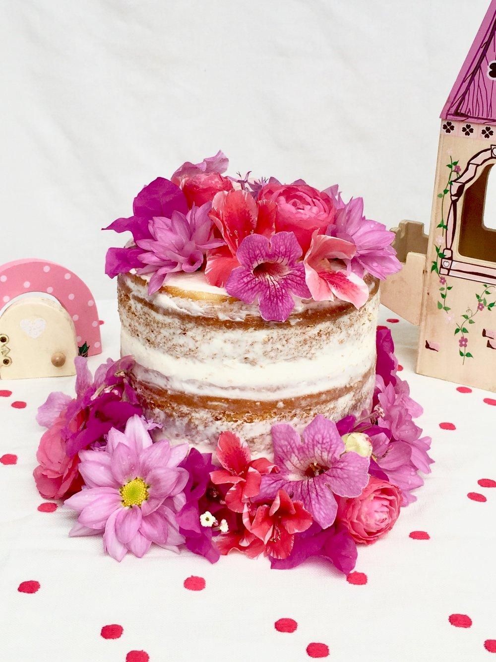 Custom Cakes — I Love Cake Hawaii